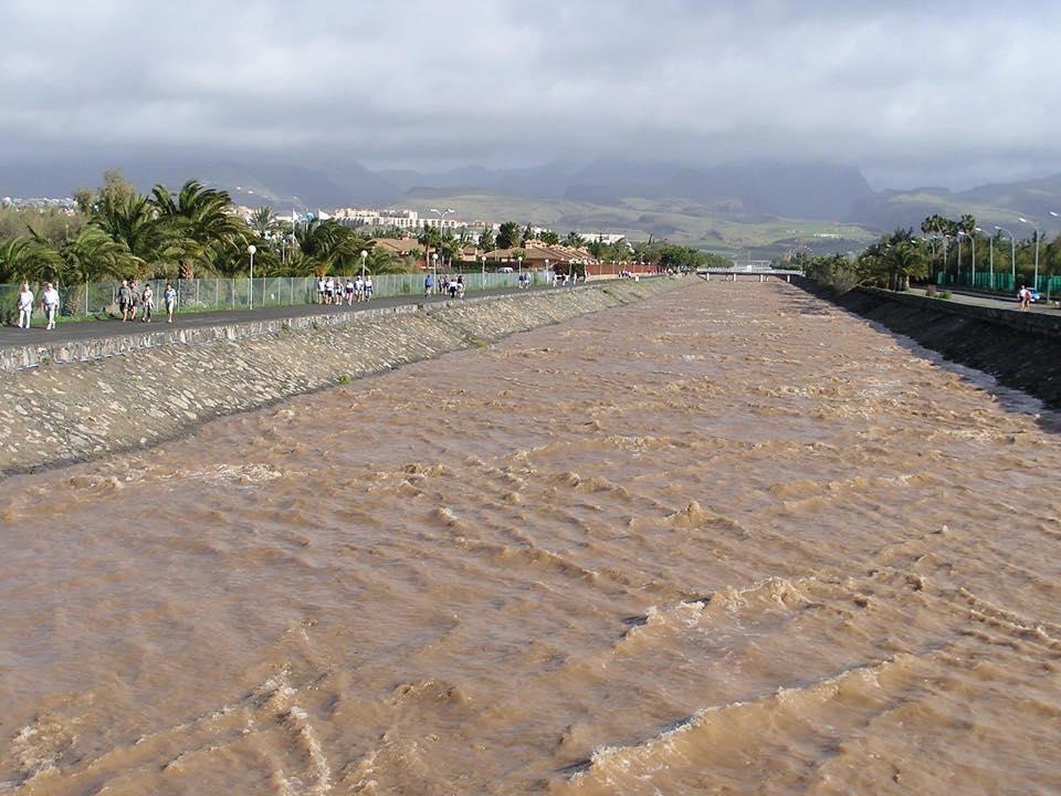 Fotos und Videos: Unwetter in Maspalomas (1/6)